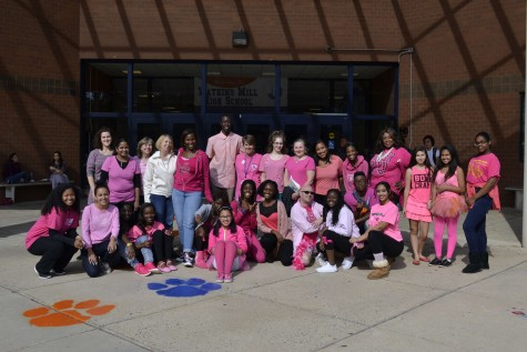 Students, staff 'pink out' to support breast cancer awareness