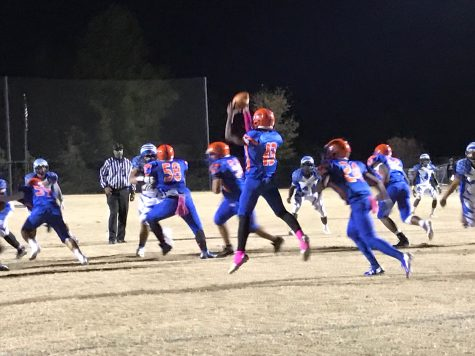 Lady 'Rines show off their football skills in Powder Puff game