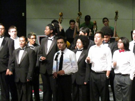 Students perform winter holiday concert preview