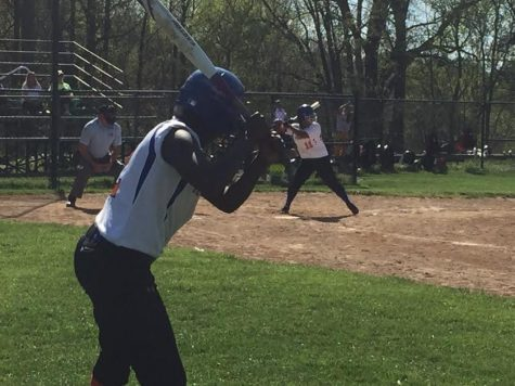 'Rines softball plans to conquer Blue Devils, win on their senior night