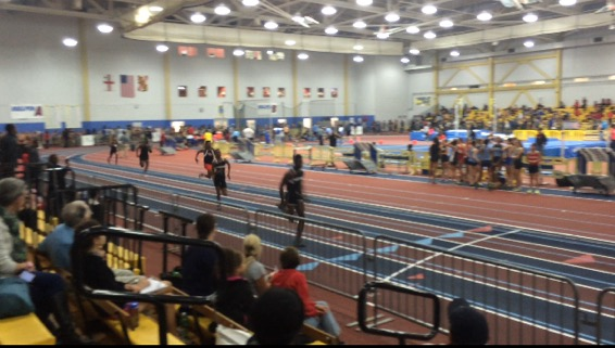 Indoor track runs into first place, finishes with top ten slots