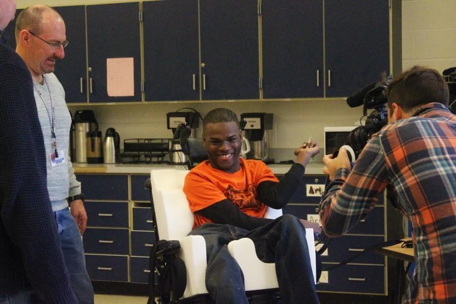Senior+Ibrahim+Samia+tries+out+his+new+power+wheelchair.+