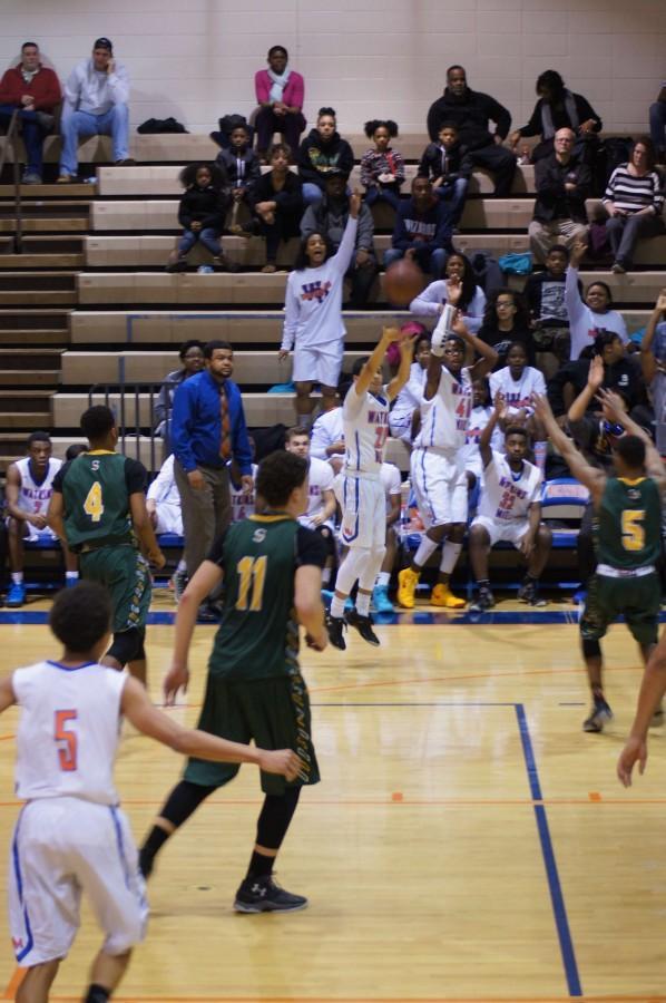 sophomore+Jamie+Castillo+shooting+the+wide+open+three++