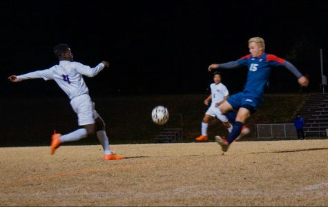Boys soccer looks to take down Hawks in state semifinal game