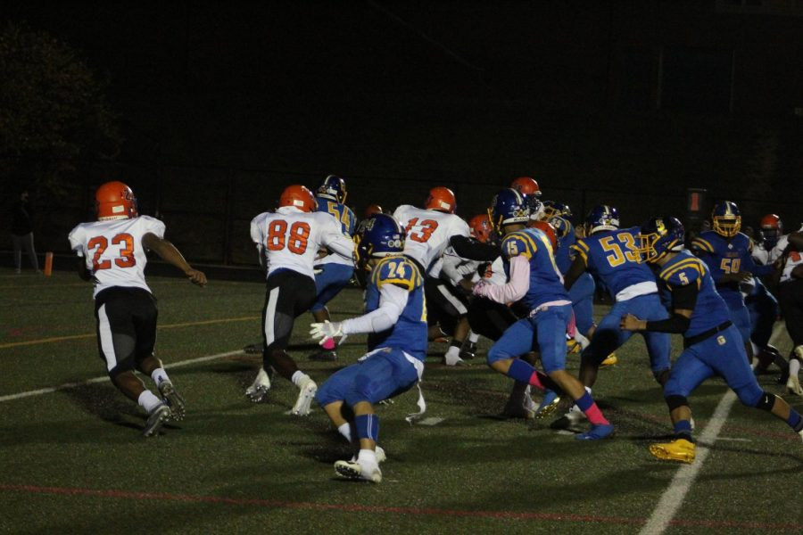 Watkins+Mill+faced+off+against+the+Gaithersburg+Trojans+on+Friday+night%2C+coming+away+with+a+40-28+win.