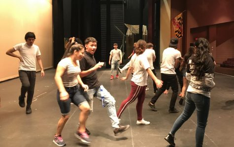 Olney Theatre players construct movement workshop with ESOL theater students